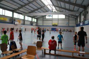 Voll Halle bei der Coach-the-Coach Fortbildung (Bild: Lukas Gunzelmann)