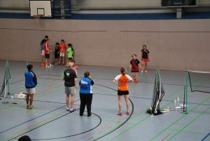 Intensives Trainieren in Kleingruppen (Bild: Tobias Spägele)
